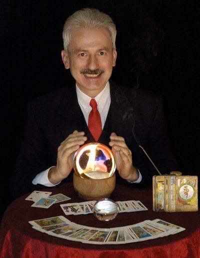 GGusztáv_NostraDamus-gömb_kártya